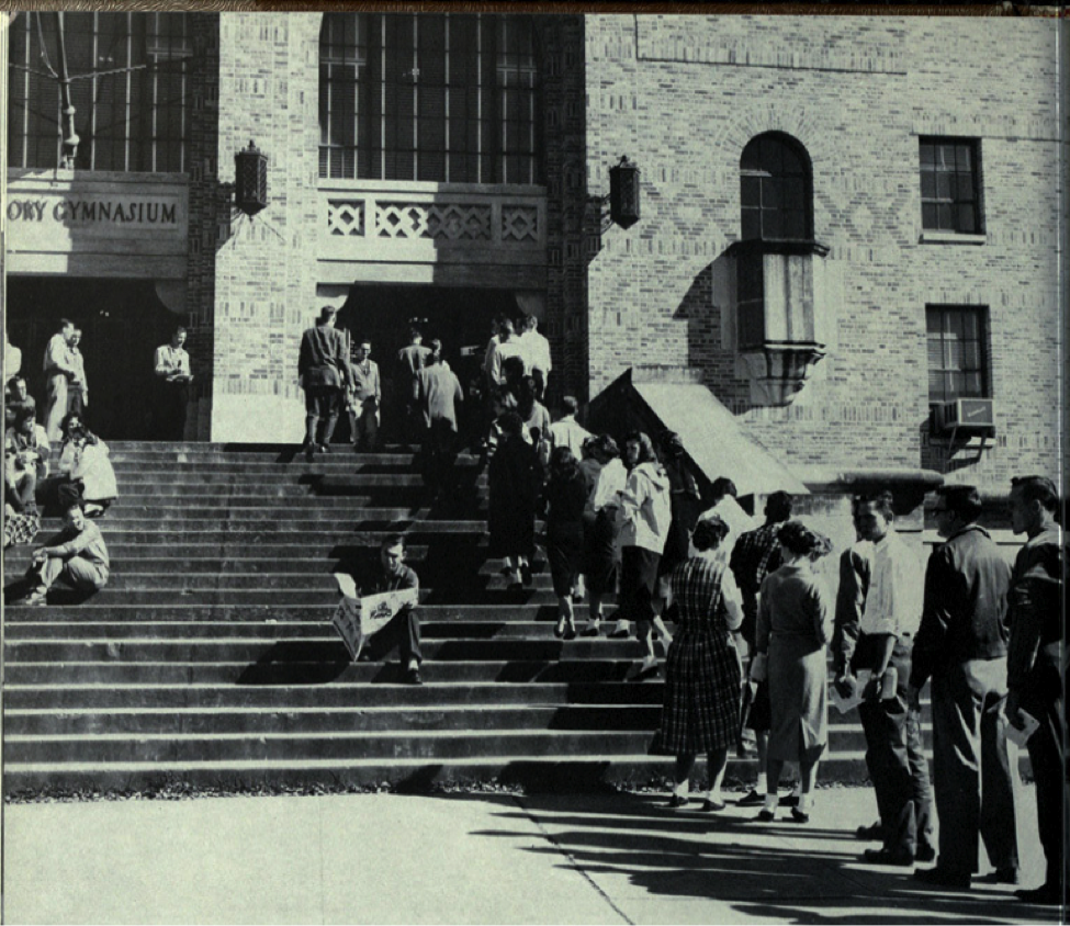Registration lines in 1959.